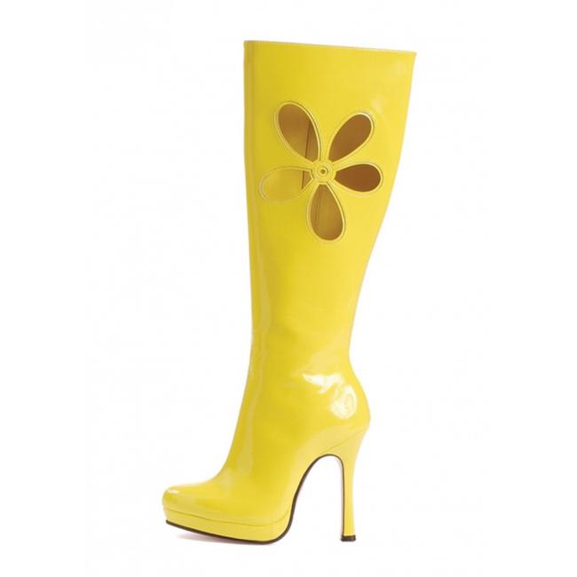 Gele lak laarzen met uitgesneden bloem