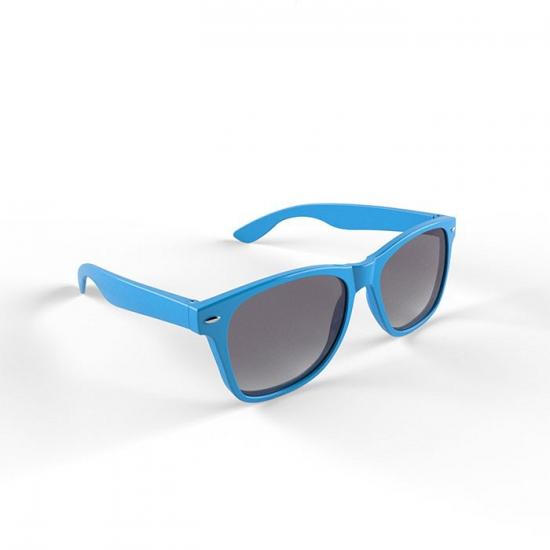 Hippe zonnebril lichtblauw montuur