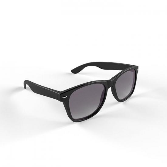 Hippe zonnebril zwart montuur