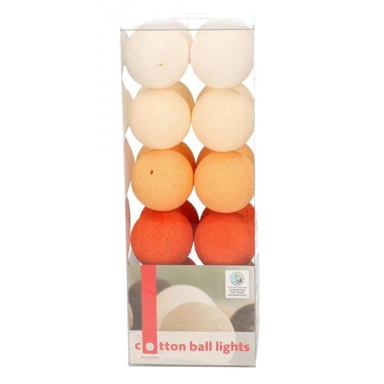 Lichtsnoer met 20 oranje balletjes katoen