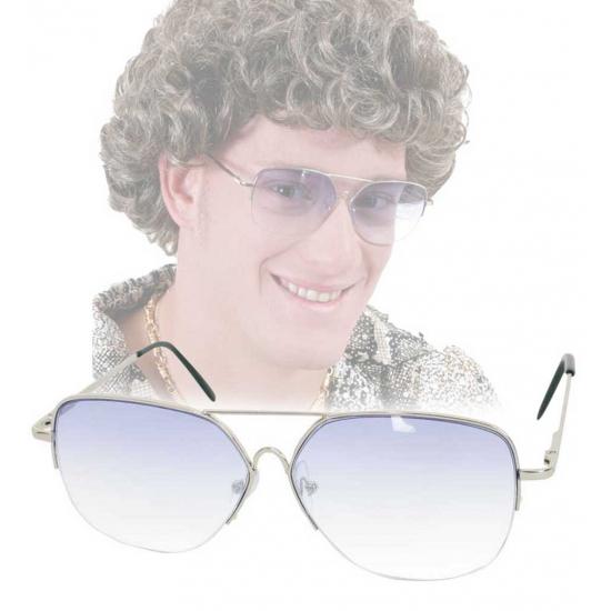 Ouderwetse bril met getinte glazen
