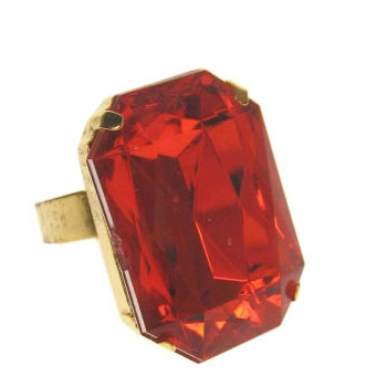 Rechthoekige Sint ring met rode steen