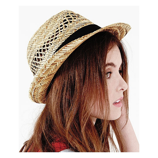 Trilby hoedje van stro