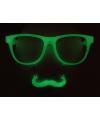 Groene snorbril glow in the dark
