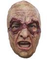 Halloween moordenaar met nietjes masker
