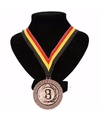 Kampioensmedaille nr 3 aan geel zwart rood lint