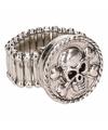 Zilveren ring met doodskop chunk